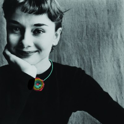hepburn wearing a  lillibridge dakota 1966 pendant