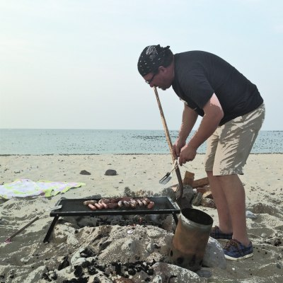 jim cooking on town neck beach lillibridge